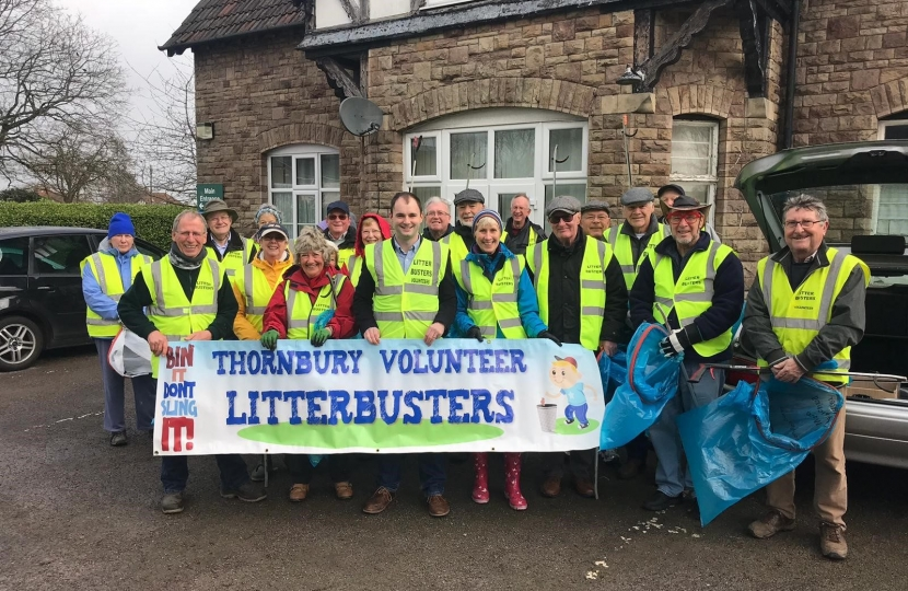 Group Photo of Luke with the Litterbusters